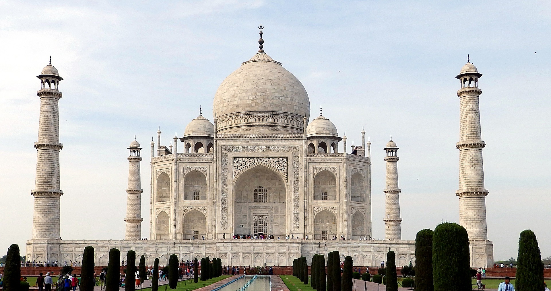 Tips that you need to know before visiting Taj Mahal