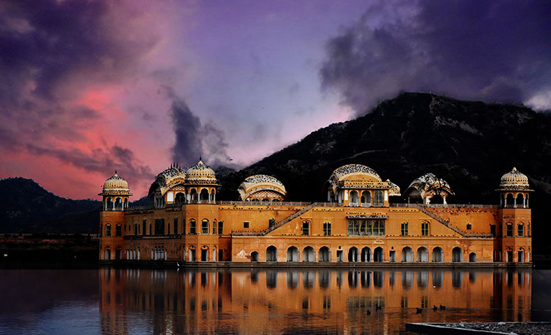 4 Nights 5 Days Golden Triangle Tour with Pushkar