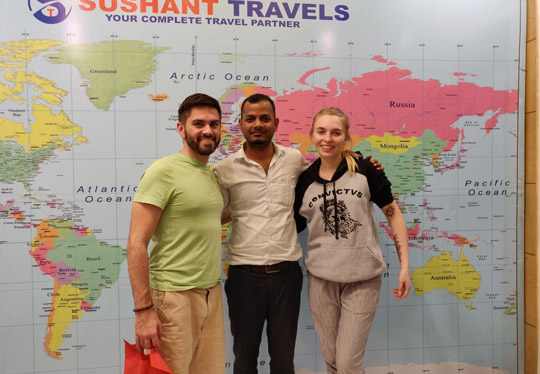 Mr. Gustavo & Aana Visited Same Day Agra